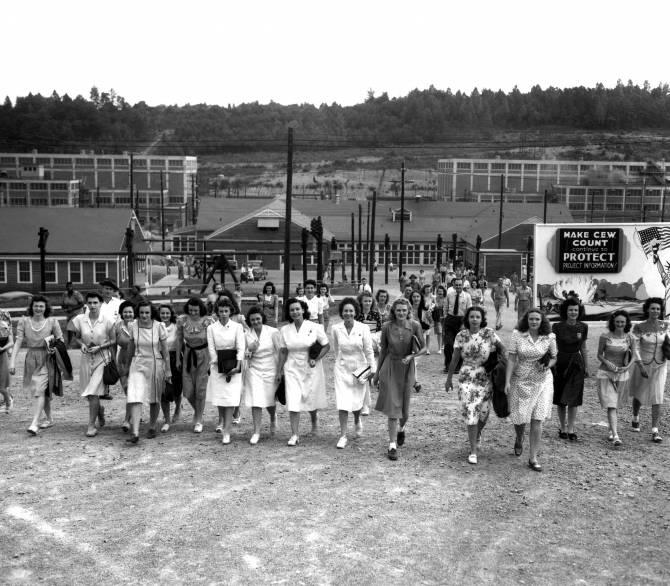 Women of Manhattan Project leaving work